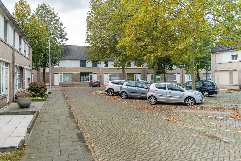 View photo 2 of Gerard van Nuenenstraat 14