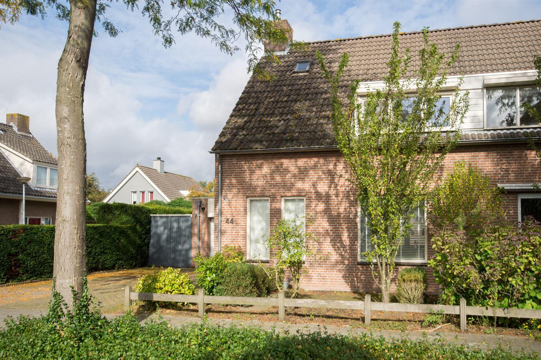 Bekijk foto 2 van Willem Bilderdijkdreef 44