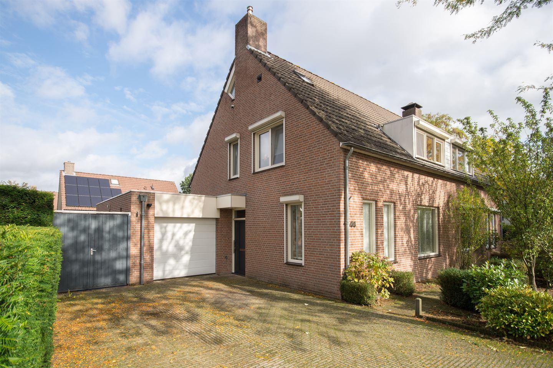 Bekijk foto 3 van Willem Bilderdijkdreef 44