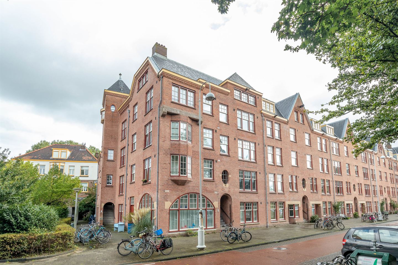 View photo 2 of Zaanstraat 288