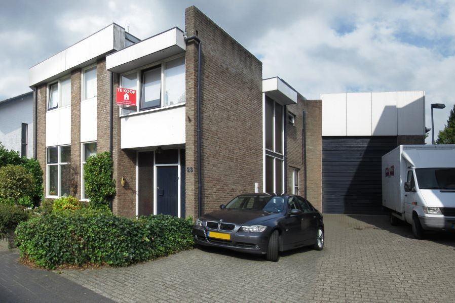 View photo 1 of Zuid-Oostsingel 23
