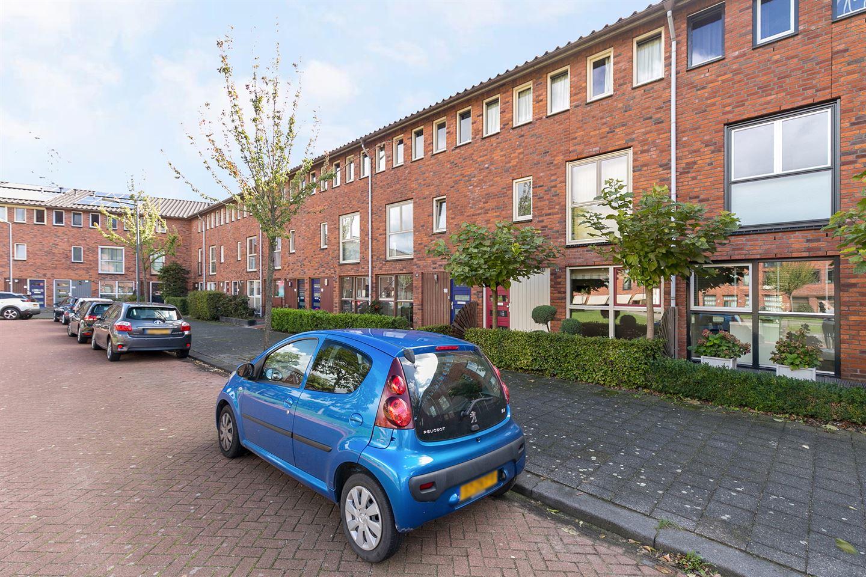 Bekijk foto 1 van Wim Schuhmacherhof 27