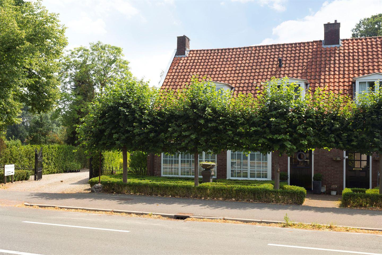 Bekijk foto 2 van Haaksbergerstraat 809
