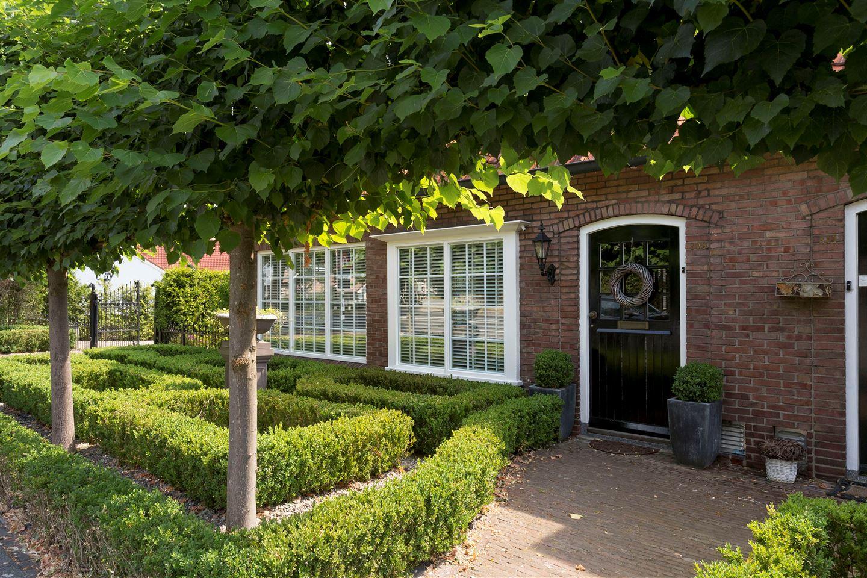Bekijk foto 3 van Haaksbergerstraat 809