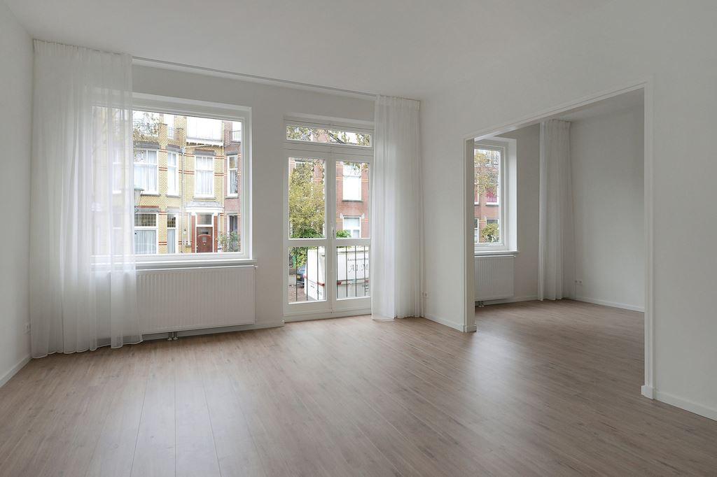 View photo 3 of Van Hoornbeekstraat 74