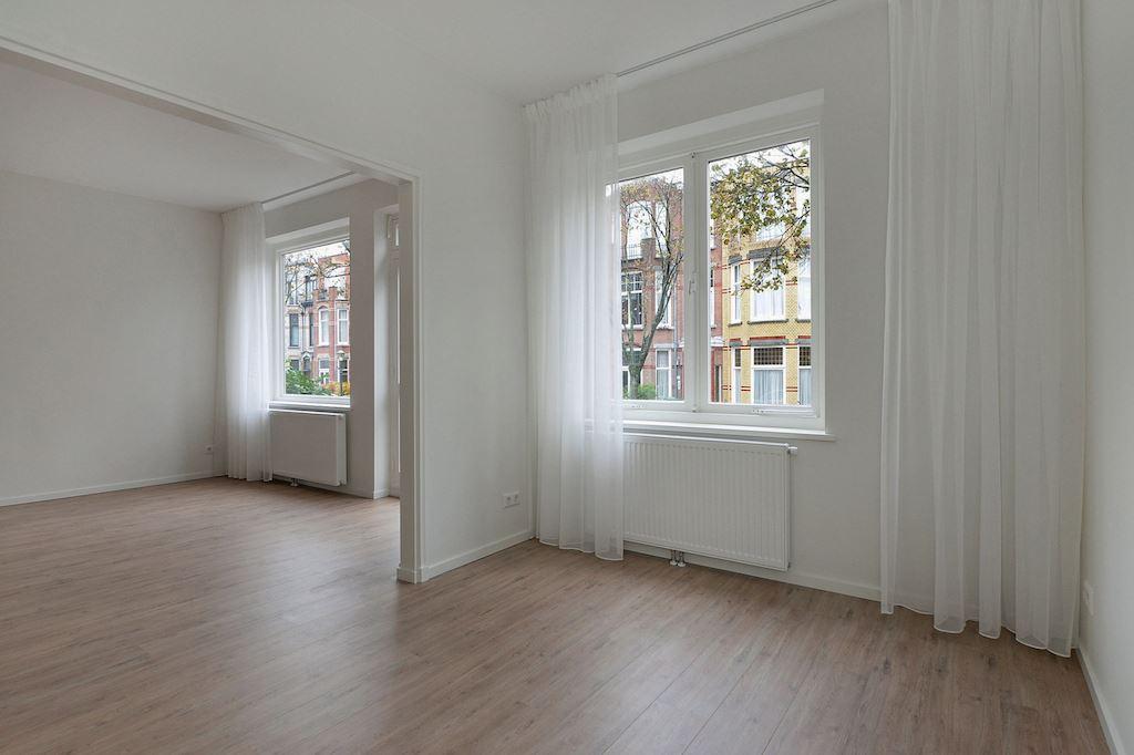 View photo 5 of Van Hoornbeekstraat 74