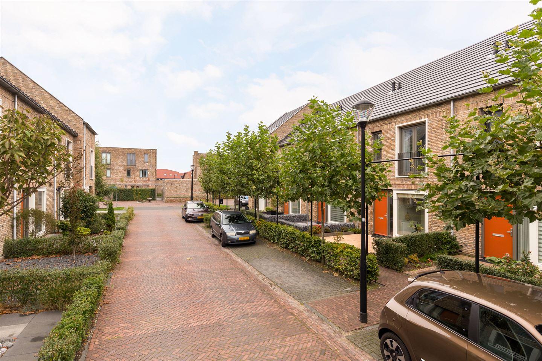 Bekijk foto 2 van Zaamslagstraat 6