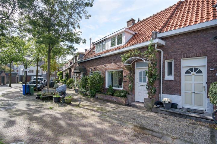 Carel Nakkenstraat 27