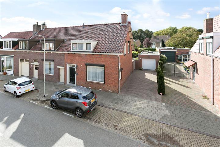 Dorpsstraat 38