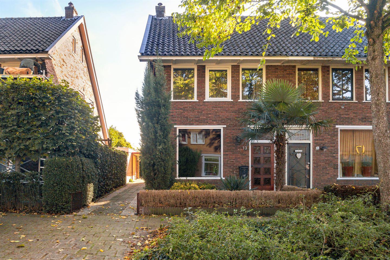 Bekijk foto 2 van Dr. Van Der Feltzlaan 13