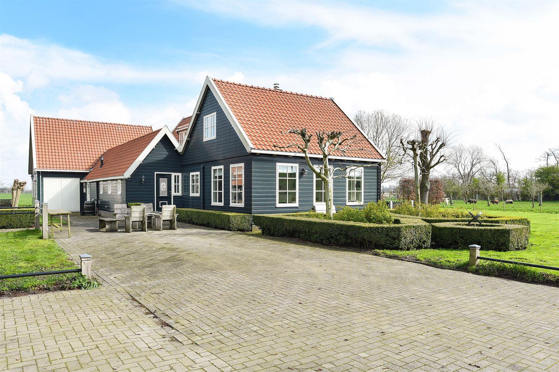 View photo 3 of Zuiddijk 7