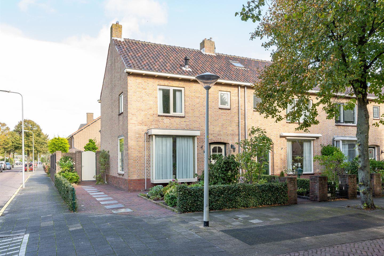 View photo 1 of Frans Halsstraat 2
