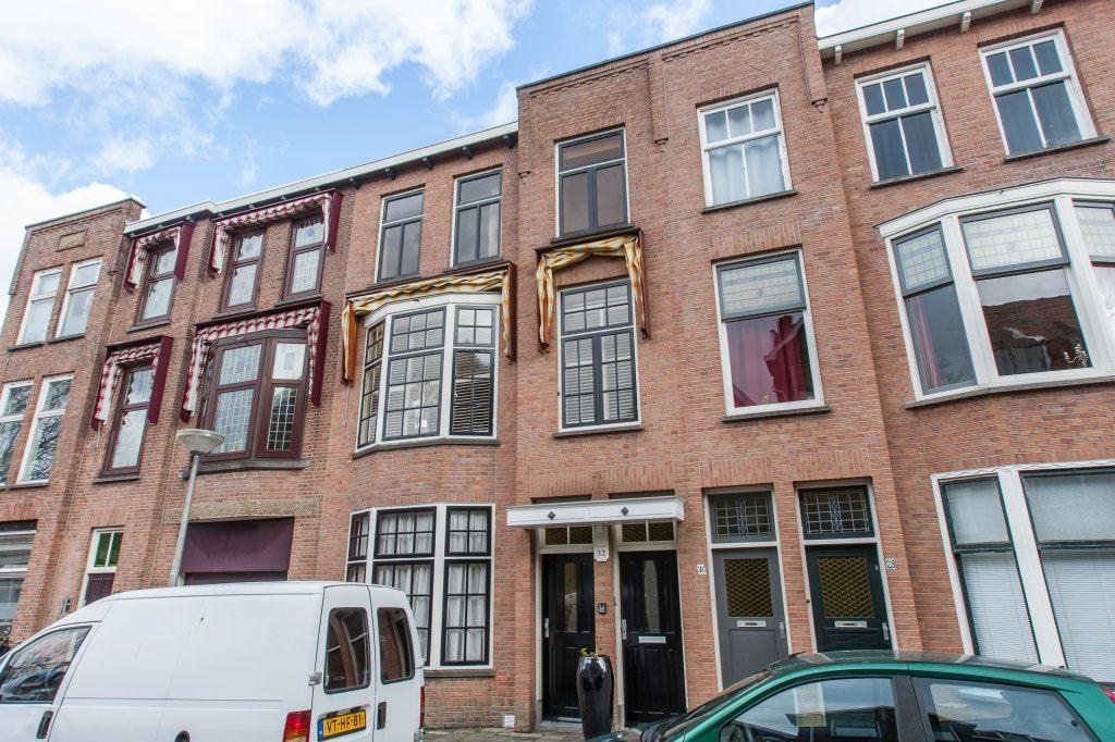 Bekijk foto 1 van Van de Spiegelstraat 32