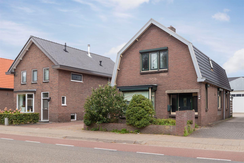 Bekijk foto 2 van Veenderweg 22 - 22A