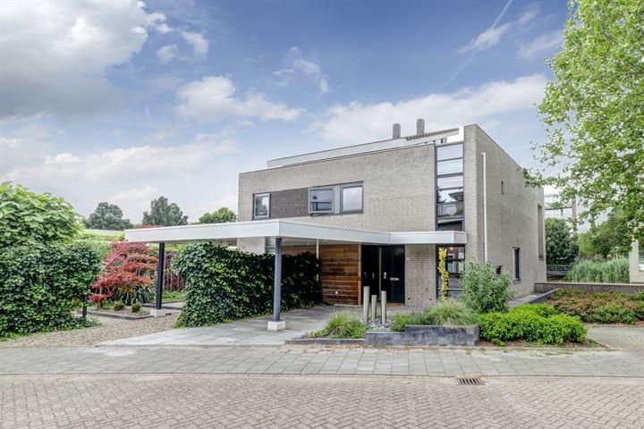 Vijverhof 2