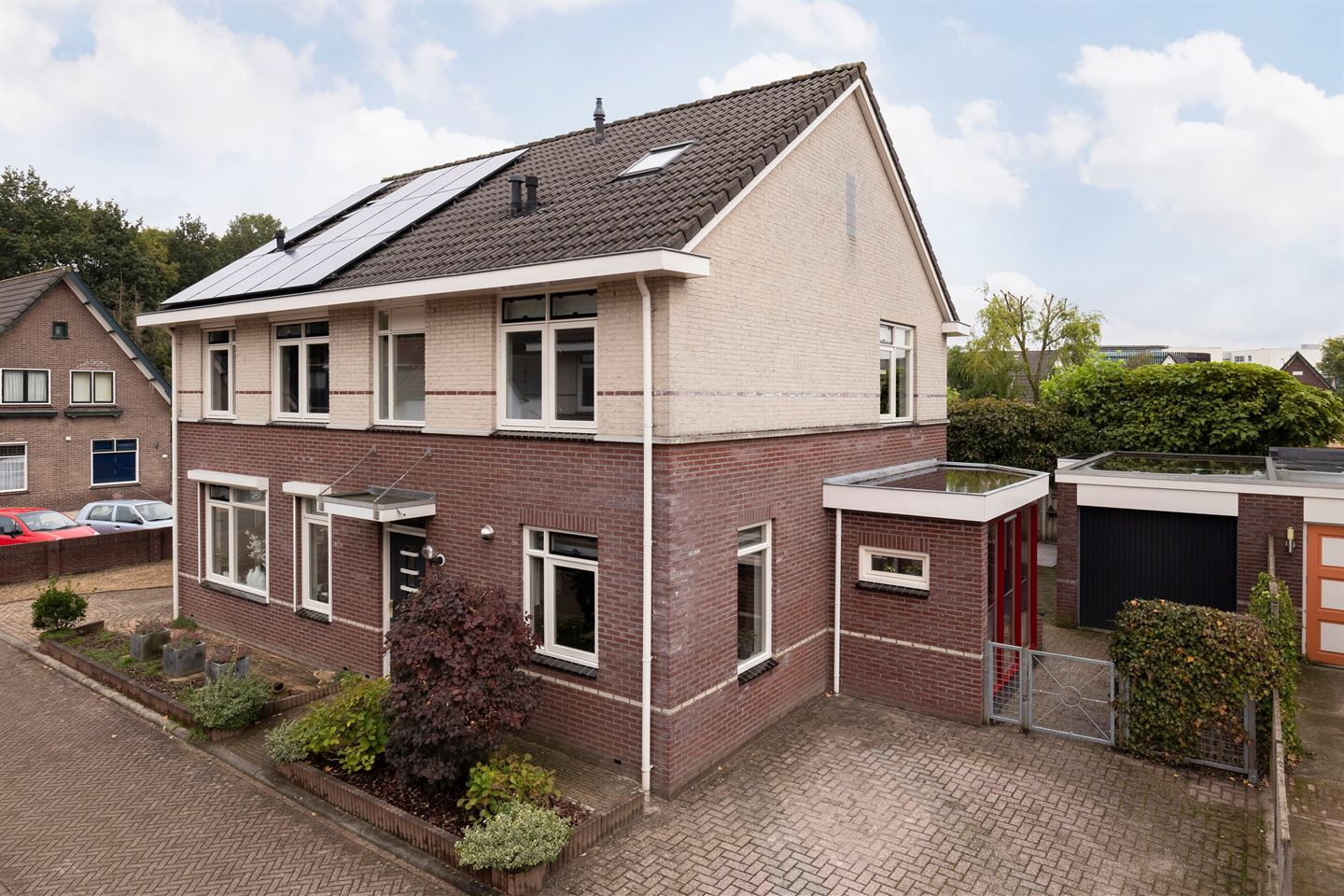 View photo 1 of Oranjestraat 3 A