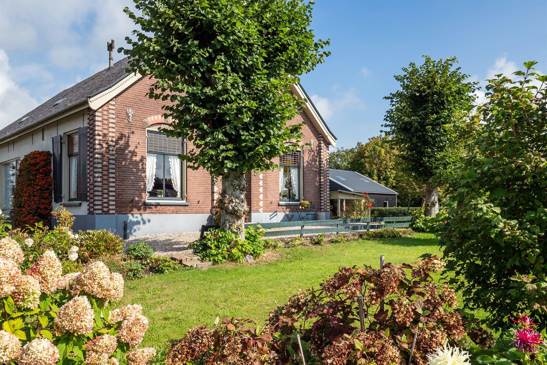 Bekijk foto 3 van Molenstraat 8