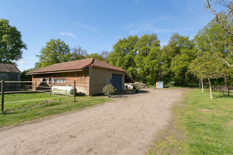 View photo 2 of Venrayseweg 151