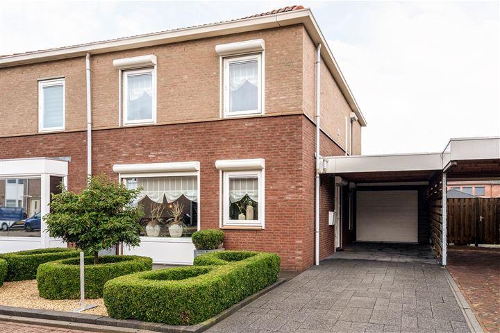 Wim van Eststraat 8