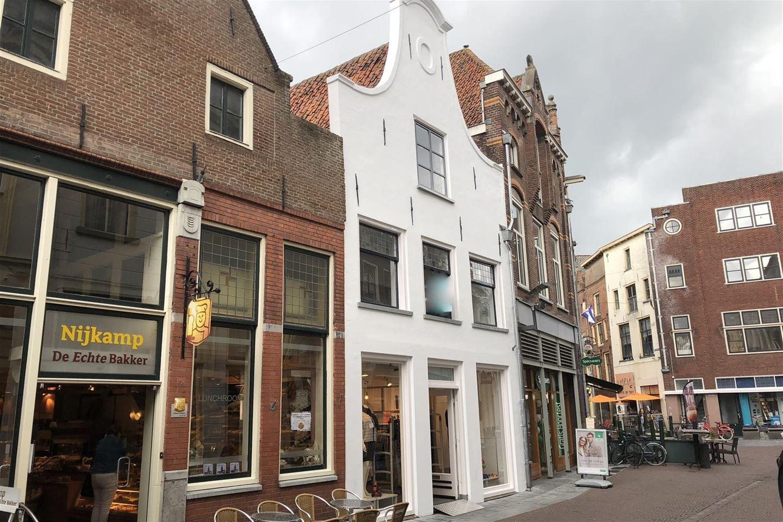 Bekijk foto 3 van Beukerstraat 48