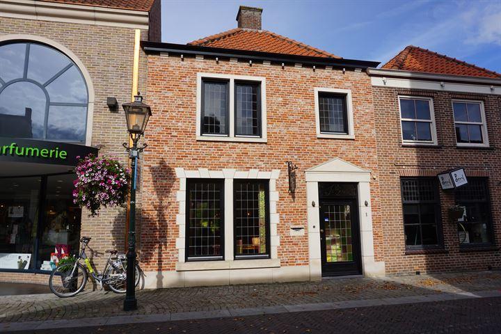 Julianastraat 1, Sluis