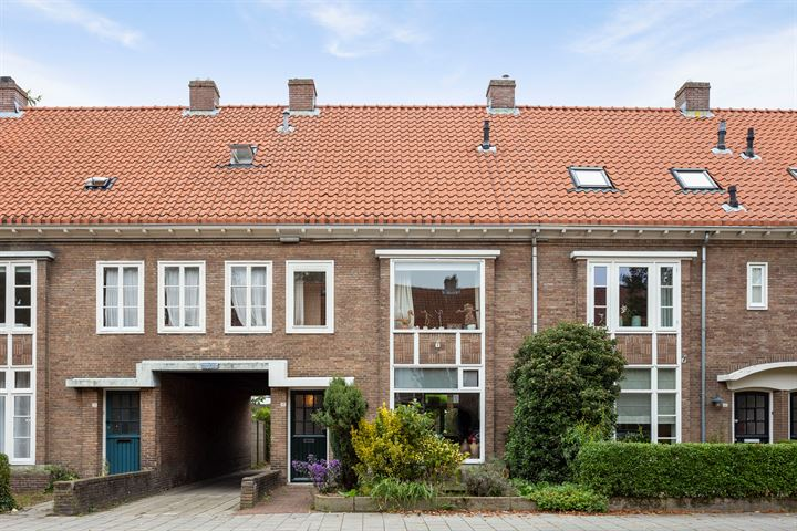 Petrus Dondersstraat 81