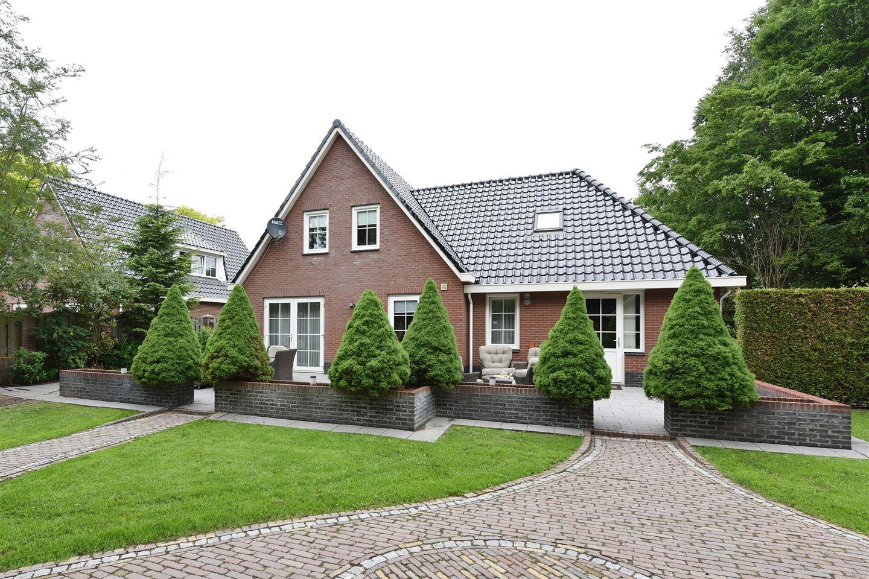 View photo 3 of Broekstraat 109