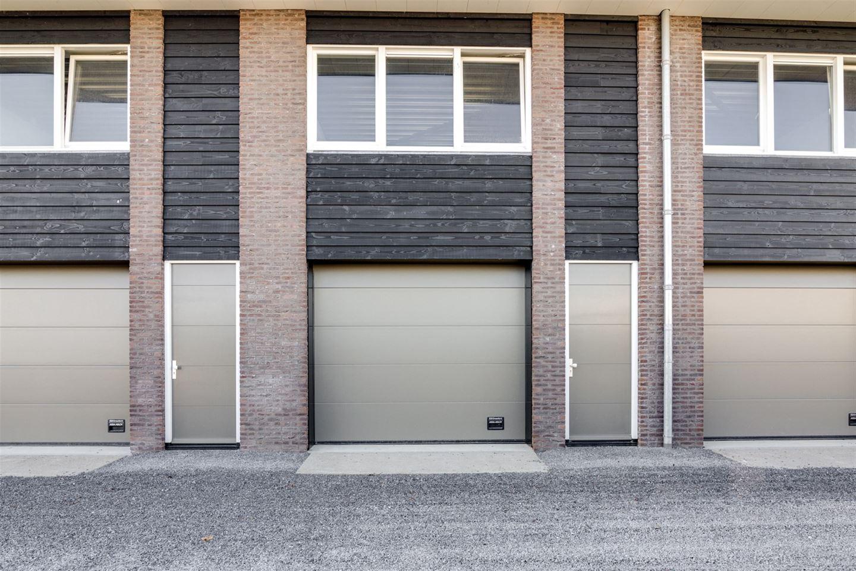 Bekijk foto 2 van Oosteinderweg 106 *