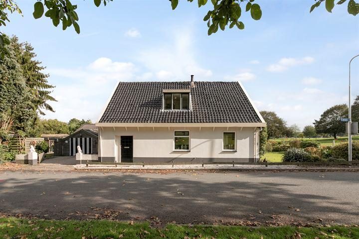Doornenburgsestraat 1