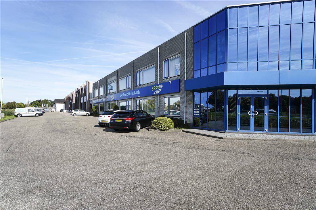 Bekijk foto 3 van Industrieweg 5