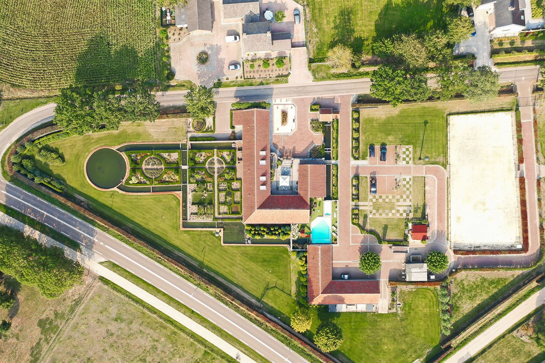 Bekijk foto 2 van Castertweg 2
