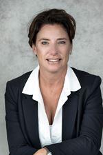 Marsha Donker (Real estate agent assistant)
