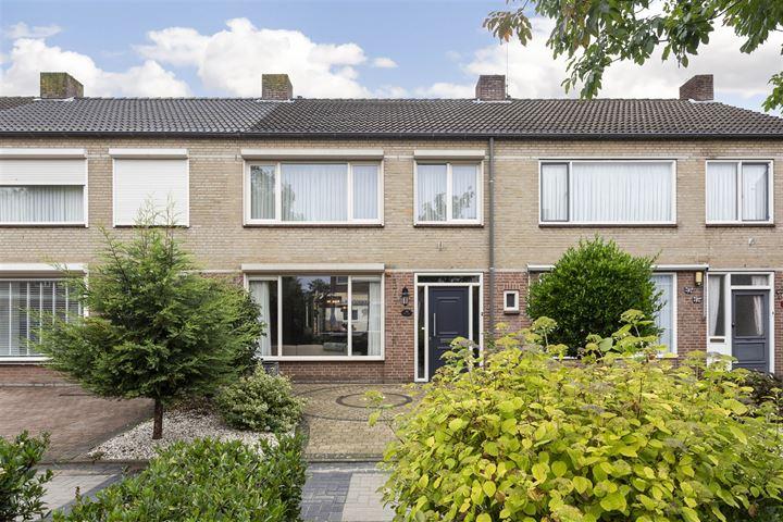 Van Oost-Frieslandstraat 58