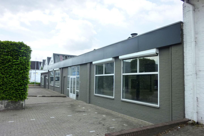 Bekijk foto 3 van Fort Willemweg 14