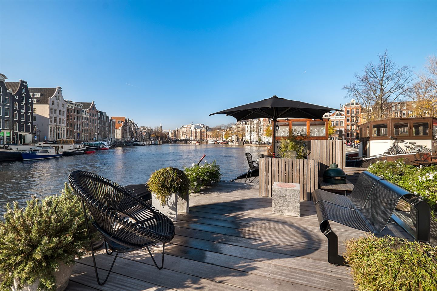 View photo 3 of Amstel 13