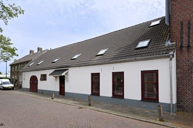 Bekijk foto 1 van Aert Willemsstraat 1 -3