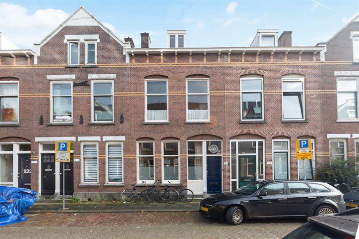 Adamshofstraat 136