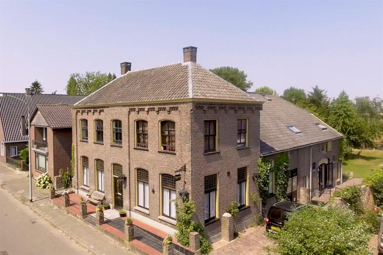 Bekijk foto 1 van Dorpsstraat 90