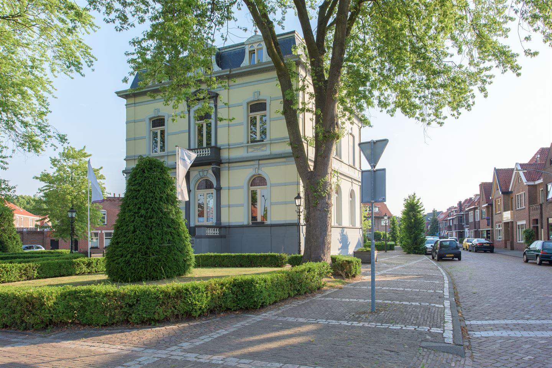 Bekijk foto 1 van Prins Hendrikstraat 4