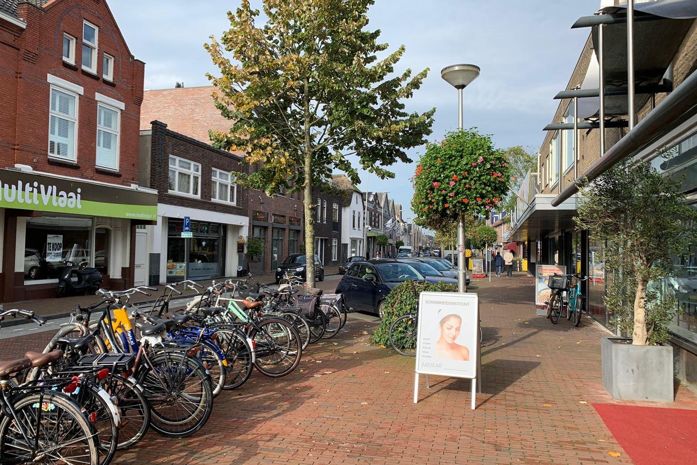 Bekijk foto 2 van Hooftstraat 76