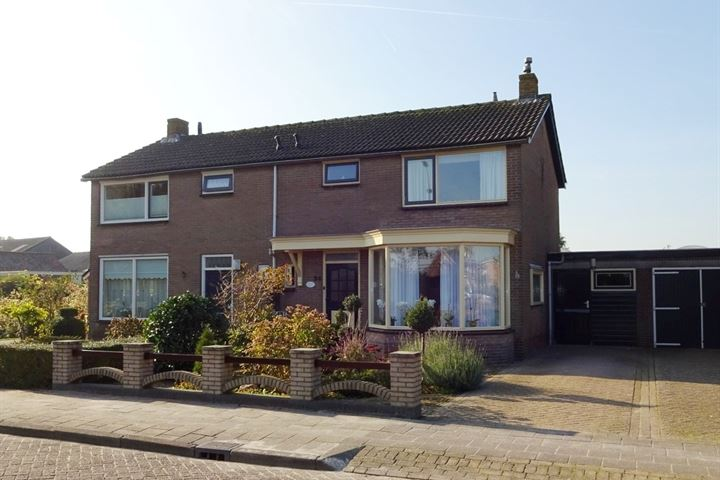 Pastoor Lemeerstraat 24