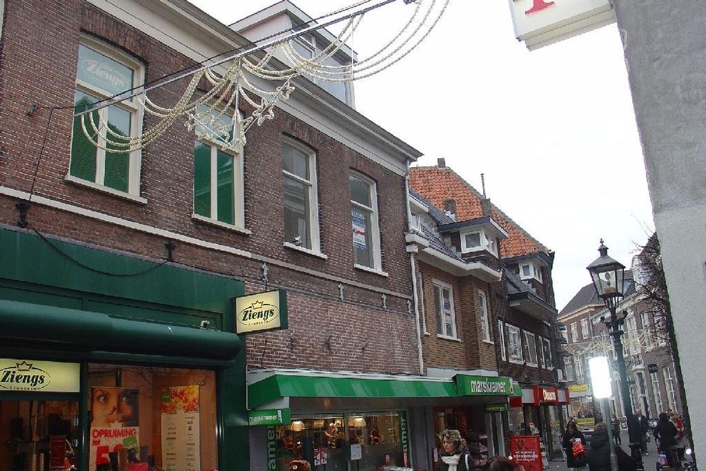 Bekijk foto 1 van Donkerstraat 35