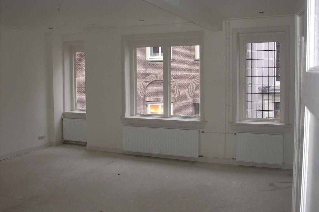 Bekijk foto 2 van Donkerstraat 35