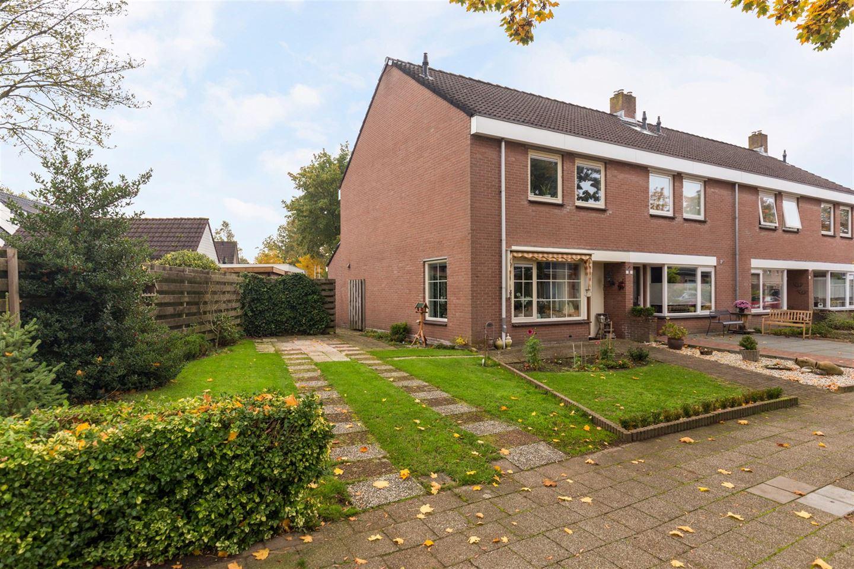 Bekijk foto 2 van Wolweversstraat 13