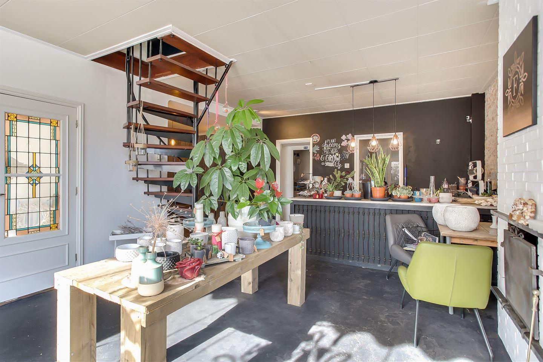Bekijk foto 4 van Dorpsstraat 56 56a