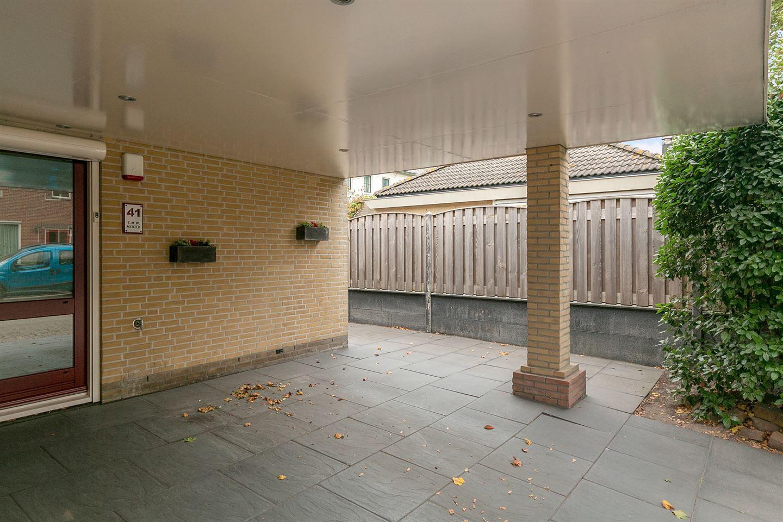 Bekijk foto 2 van Schokkerstraat 41