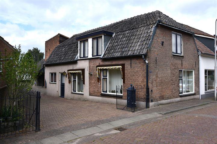 Middenstraat 61