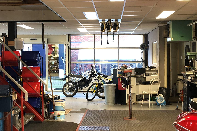 Bekijk foto 2 van Dorpsstraat 103 c