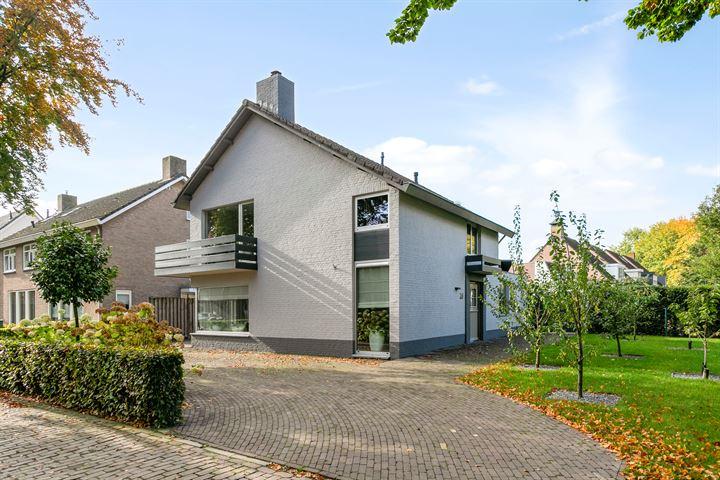 Maternusstraat 26