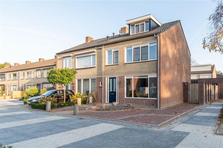 Van Oost-Frieslandstraat 64